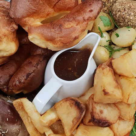 Sunset Lakes Sunday Roast Carvery